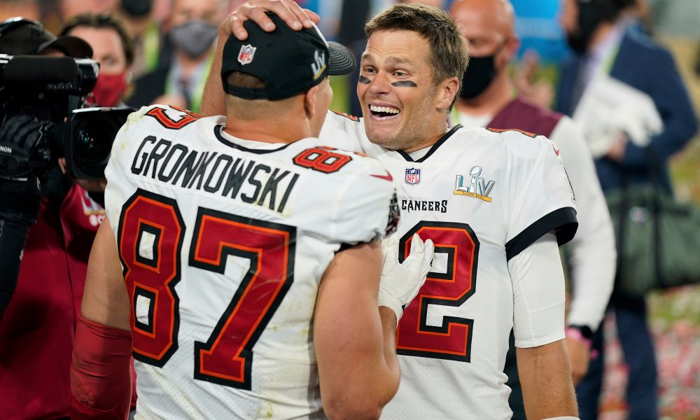 Why New England Fans Should be Happy for Brady and Gronk