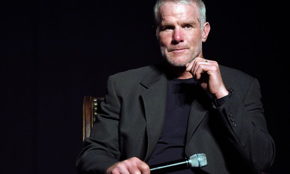 Brett Favre Talking About Contracts of Current Players Is OK! Right?
